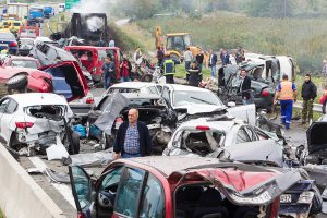 what-happens-when-more-than-one-car-crashes