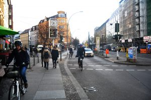 navigating-the-rules-of-the-road-on-a-bicycle