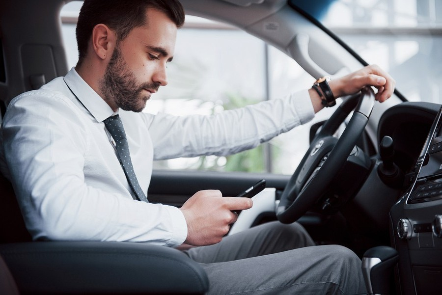 doing-these-things-behind-the-wheel-can-lead-to-auto-accidents