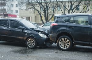 do-older-drivers-and-younger-drivers-cause-more-car-accidents