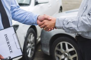 helpful-information-when-dealing-with-insurance-adjusters