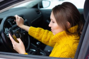 texting-and-driving-is-the-new-dui
