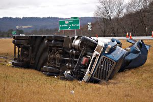 victims-may-sustain-severe-injuries-from-tractor-trailer-accidents