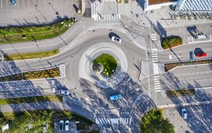 who-is-at-fault-in-a-roundabout-accident